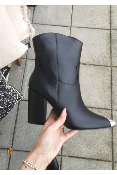 Tamia Cool Soft Boots