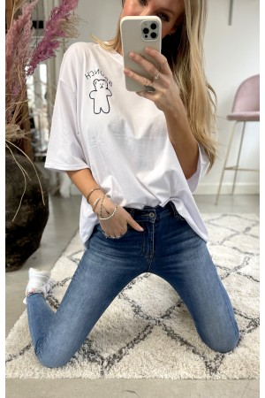 The Packet - Elise Cool Jeans + Bobbi Oversize T-Shirt