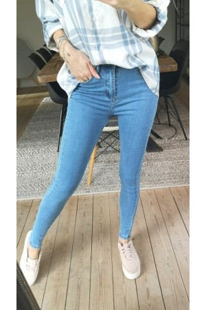 Demo Jeans