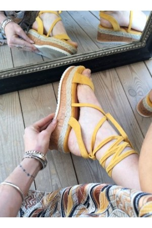 Bolina Soft Sandals - Yellow